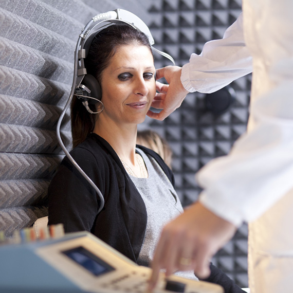 service_adult_hearing_test